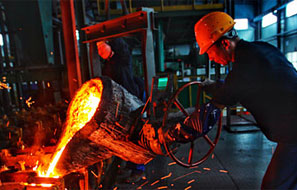 推動産業集群建設