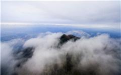 航拍江西丫山云雾缭绕初冬如春