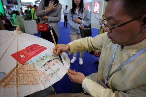 江西文化發展巡禮展上的非遺傳承人