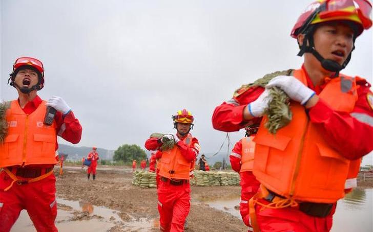2019年長江中下遊抗洪搶險實戰演練在江西九江舉行