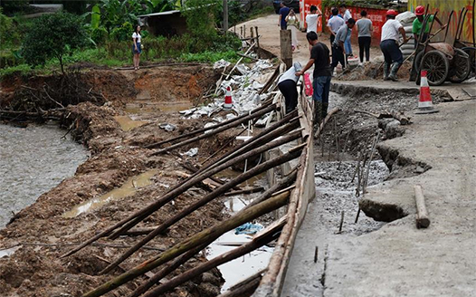 江西信豐:洪水過後 生産自救