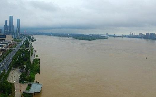 洪峰過後 贛江南昌段水位緩退