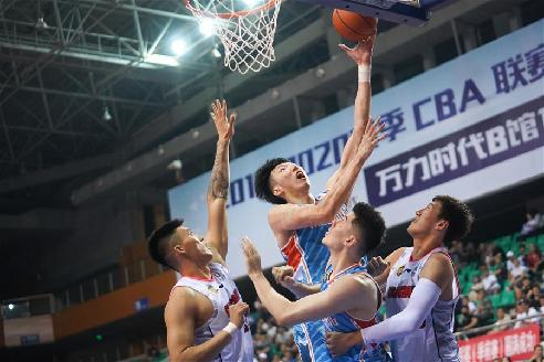 CBA季前賽:廣東東莞銀行勝新疆伊力特