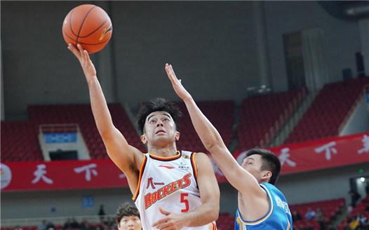 籃球——CBA常規賽:八一南昌對陣福建豹發力