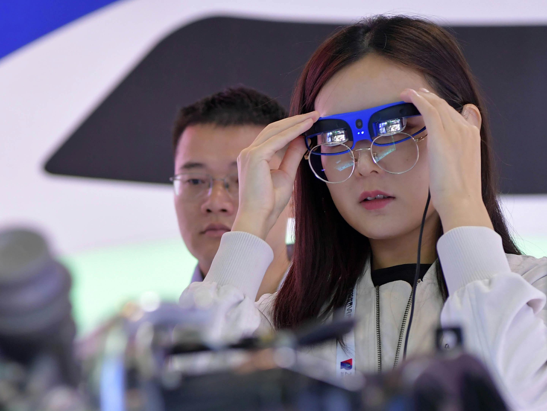 未來,更精彩——VR産業發展新動向觀察