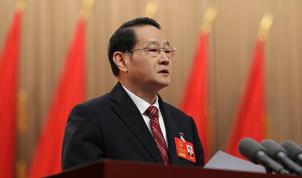 江西省人民政府省長易煉紅作政府工作報告