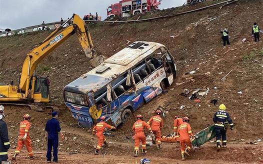 樂平市境內發生一起交通事故已致6人遇難12人受傷