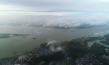 江西湖口:煙雨蒙蒙山水重