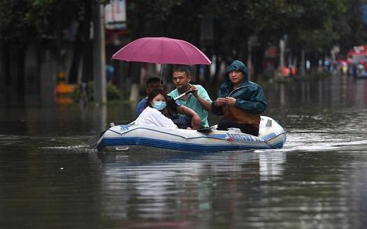 江西景德鎮:安全轉移受困群眾